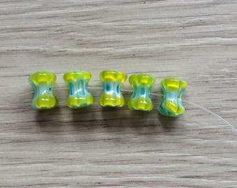 X 5 yellow and blue millefiori glass beads
