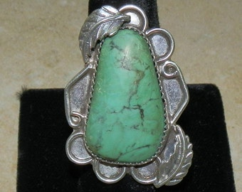 Vintage Navajo Sterling Silver and Green Turquoise Ring Size 6 1/2