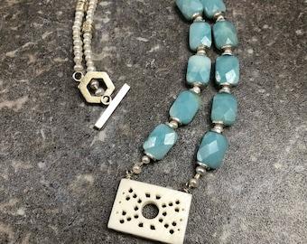 Chalcedony Quartz Beaded Pendant Necklace