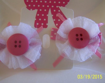 Cute as a button hair clips! Pink and white.