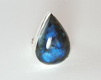 Moody blue Labradorite hand made ring