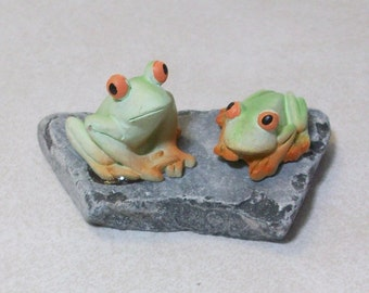 Pair of Frogs terrariums or table top decoration