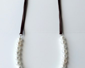 Leather & Pearl Necklace, Pearl Jewelry, Leather Necklace, Minimalist Jewelry, Boho Jewelry, Cottage Chic, Barn Wedding, Leather Jewelry