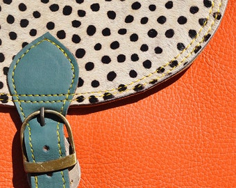 oval leather bag