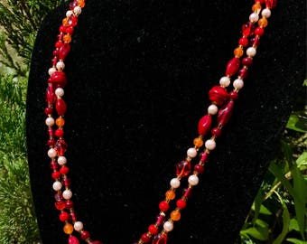 Vintage Japanese Glass and Faux Pearl Necklace