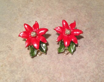 Goldtone Red Poinsettia Christmas Earrings