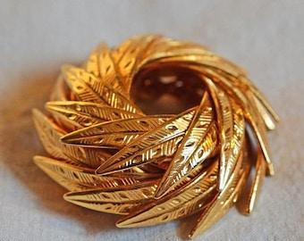 ON SALE: Vintage Brooch - Coro, 1940s, Gold Tone Metal in Pinwheel Design