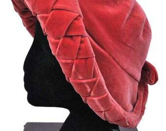 Amazing Vintage 30s/40s Dusky Coral Pink Velvet Hat by Madame Vernier