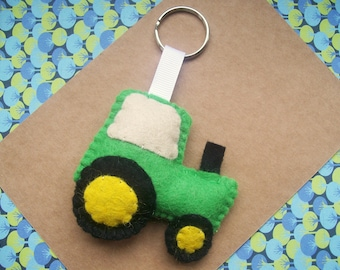 Felt Tractor Keyring, Farm Gifts, Farmers Wife, Tractor Gifts, Kids Bag Tag, Gifts for Dad / Him
