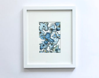 Blue halftone flowers