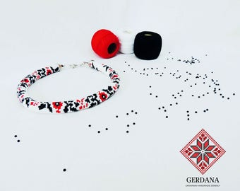 Red poppies necklace ukraine flower traditional beadwork Poppy flower jewelry beadwork crochet ukrainian embroidery Red poppy necklace