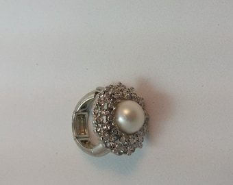 Vintage Gold Tone Expanding Pearl Ring Fits Most Free Uk Shipping And Gift Pouch