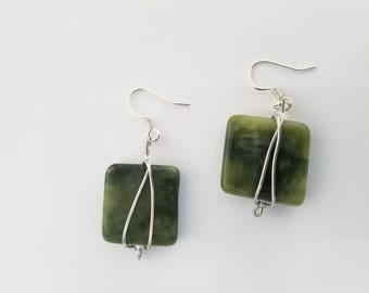 "Green Serpentine ""New Jade"" Silver Color Copper Wire Wrap Beaded Earrings"