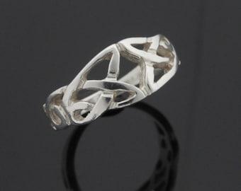Silver Trinity Knot Ring - Celtic Knot Ring - Irish Jewelry - Sterling Silver Ring - Silver Celtic Jewelry - Handmade in Ireland