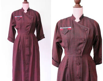 Vintage 1940s Dress / 40s Dress / Oxblood / Fitted  / Pockets / Sophisticated