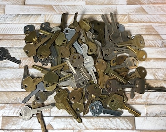 Mystery Lot of 10 Vintage STAMPABLE Keys For Jewelry Making