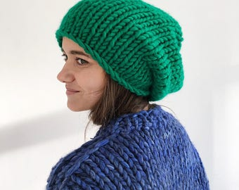 Emerald green chunky knit hat Slouch beanie Knitted hat beanie Spring hat Womens slouchy beanies Oversized hat Gift for her Wool hat
