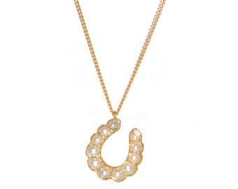Pearl Horse Shoe Pendant Necklace