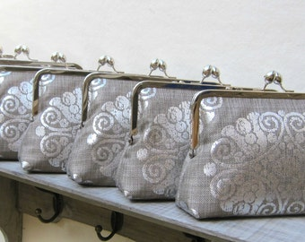 Personalized bridesmaids gifts, metallic silver bridesmaid clutch set of 5, custom clutch bag, personalized gifts, unique bridesmaid gifts