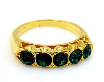 Vintage Ring Size 6 Gold Tone With Five 5 Green Stones
