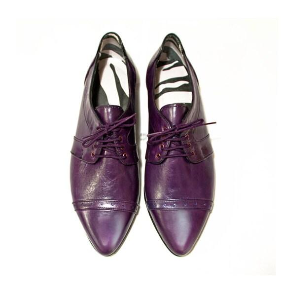 Purple pointy flats // Purple shoes // Women Oxford shoes // Purple flats  // pointy oxfords // Leather oxfords // Womens brogue shoes