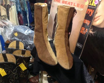 Vintage 60s Mod Go Go Boots Sz 8 1/2 or 9 in VG Cond.