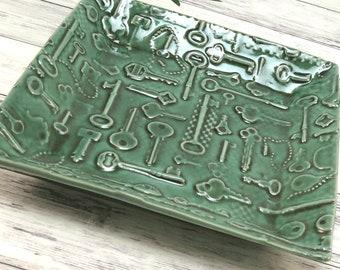 Decorative Plate, Key Bowl, Coin Dish, Green Ceramic Plate Handmade Serving Dish, Trinket Valet Tray, Key Holder, Gift for Him, 748