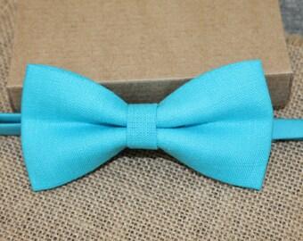 Turquoise Linen Bow Tie,  Pre Tied Bow Tie, Men's Bow Tie, Wedding Groom Vintage Classic