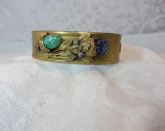 Vintage Art Nouveau Gold Tone Hinged Bangle Bracelet with Hidden Clasp