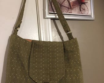 Green Diamond Print Shoulder Purse with Front Flap Closure
