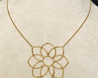 Superb vintage 18ct gold necklace