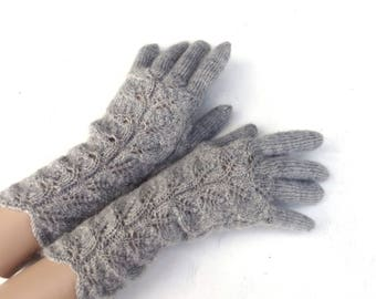 hand knitted gray gloves, hand knitted soft women gloves with fingers, autum winter hand warmers, full gloves, knit accessories, clothing