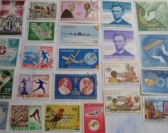 Vibrant AFRICAN Africa Stamp Collection - GUINEE Guinea -  Vintage Used  Postage Stamps  -  (B99)