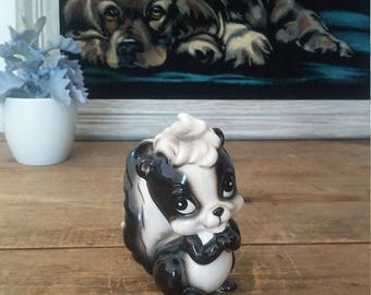 SKUNK figurine, vintage skunk, Japan figurine, skunk collection, animal figurine, cute figurine