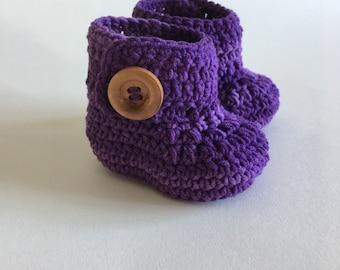Purple baby booties, baby shoes, crochet baby shoes, crib shoes, baby, baby footwear, booties, baby slippers, crochet