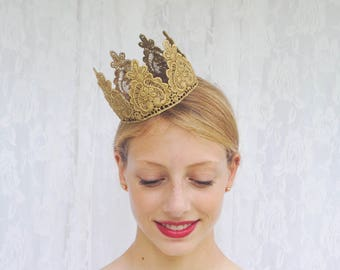 "Queen of Hearts Gold Lace Crown - ""Queen Heart"" - fairytale, cake topper, birthday crown, bridal crown, bachelorette party"