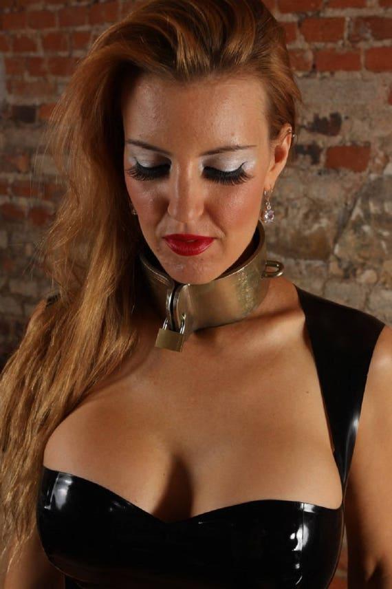 Terginum BDSM dungeon wide steel collar CLAMP metal collar