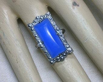 Art Deco Czech Glass Ring, Periwinkle Blue Stone. Early Uncas. Size 4 3/4