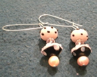 Pink and Black Glass Lampwork Bead and Pearl Dangle Earrings