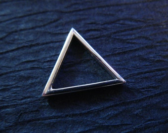 TRIANGLE Pendant Charm, 15 mm, Sterling Silver or Vermeil, MEDIUM Triangle Outline, geometric geo modern art to.15 solo to