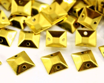 100 pcs 9x9 mm Raw Brass Curved Square