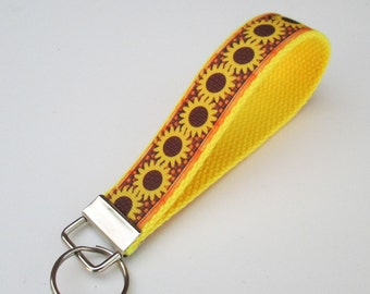 Cute Sunflower Keychain for Women, Cool Keychains for Women, Flower Keychain, Cute Wristlet Keychain, Cute Key Fobs