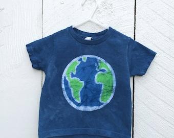 Kinder Erde Tag Hemd, blaue Erde Kinder Shirt, jungen Erde Shirt, Mädchen Erde Shirt, Batik-Erde-Tag-Shirt, Kleinkind Erde Tag Shirt