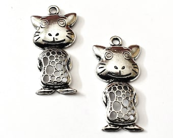 2 Ct. Cat Antique Hollow, Silver Pendants, Cat Necklace Pendant, Cat Lovers Jewelry, Silver Cat Pendants, Cat Lovers Gift, Cat Pendant