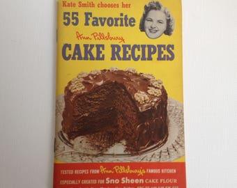 Ann Pillsbury Cookbook Cake Recipes 1952 First Edition Baking Cook Book Kate Smith Sno Sheen Flour