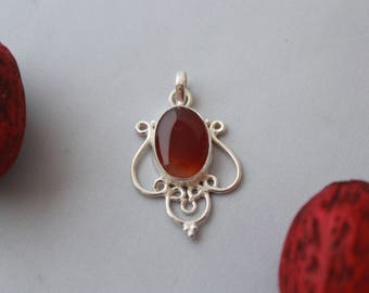 Red Onyx Pendant set in Sterling Silver