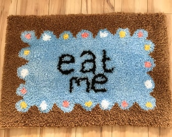 Alice in wonderland hand made eat me biscuit rug