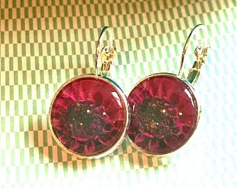 Dahlia flower cabochon earrings- 16mm