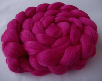 Merino wool roving, roving wool, spinning fiber, wool for felting, merino wool tops, 20 mic, unspun wool, PINK,dreads,dolls hair,3.5oz, 100g