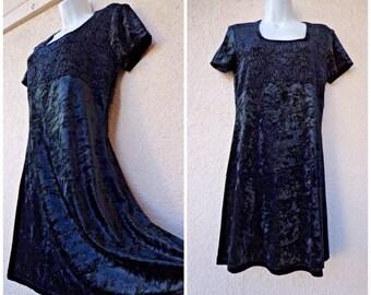1990s MINI DRESS. Crushed Velvet Mini Dress. Grunge Revival Dress. Skater Dress. Babydoll Dress. Boho Dress. Black Velvet Dress. M to L